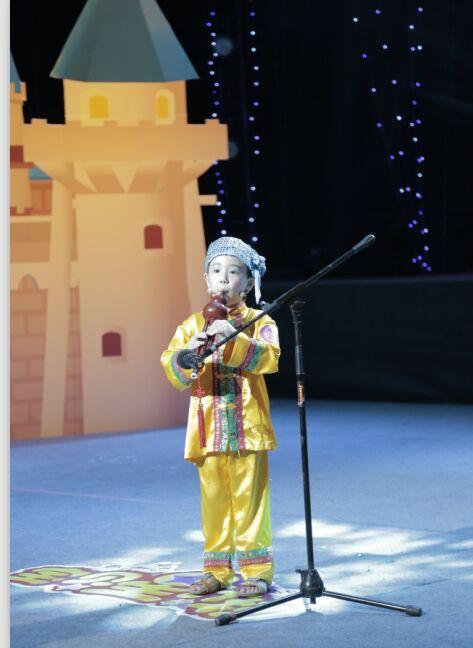 6岁小朋友喜欢自己编葫芦丝曲和钢琴曲怎么培养